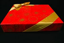 Free Red Gift Box Royalty Free Stock Images - 4004319