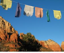 Free Prayer Flags Over Sedona Royalty Free Stock Images - 4008239