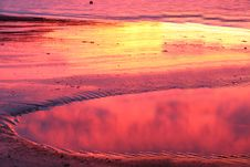 Free Sunset Reflection Stock Image - 4013501