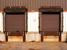 Free Loading Dock Doors Royalty Free Stock Photos - 4017338