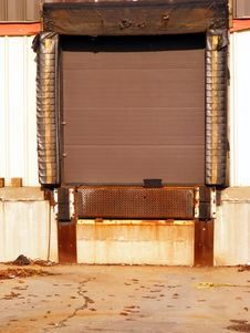 Free Loading Dock Door Royalty Free Stock Images - 4017359