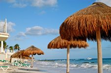 Free Beach Green Chairs , Blue Ocean And Umbrellas 2 Royalty Free Stock Image - 4018216