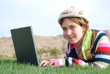Free Young Girl And Laptop Royalty Free Stock Photos - 4018608