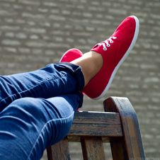 Free Red Shoes And Blue Denim Stock Photos - 40154843