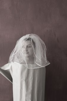 Free Unhappy Bride Like Column Royalty Free Stock Photo - 4020555
