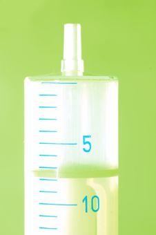 Free Syringe Close-up Royalty Free Stock Image - 4021606