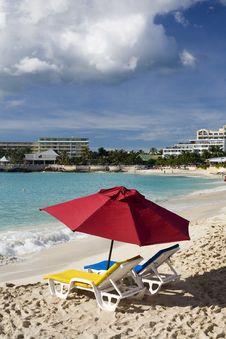 Free Resort S Beach Royalty Free Stock Image - 4023676