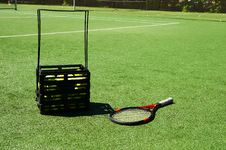 Free Tennis Racket And Tennis Balls On A Court Stock Image - 4029001