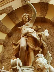 Free A Beauty, Michaelerplatz Fountain - Vienna Royalty Free Stock Photos - 4033158