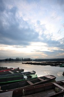 Free River Danube Royalty Free Stock Photo - 4034525