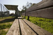 Free Empty Bench Royalty Free Stock Photography - 4039147