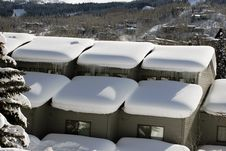 Free Snowy Roof Royalty Free Stock Photos - 4040338