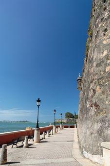 Free Caribbean Promenade Royalty Free Stock Image - 4041526