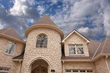 Free Majestic Newly Constructed Home Royalty Free Stock Photos - 4042218