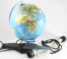 Free Globe And A Spyglass Royalty Free Stock Photos - 4052658