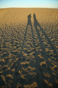 Free Couple Of Shadows Royalty Free Stock Image - 4052986