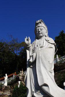 Free Buddhist Statue Stock Image - 4053261