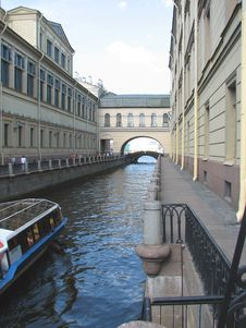 Free Canal Stock Image - 4055251