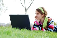 Free Young Girl And Laptop Stock Photography - 4057312