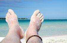 Free Sandy Feet Stock Images - 4057434