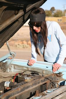 Free Young Punk Woman With Car Troubles Royalty Free Stock Photos - 4057468