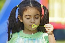Free Blowing Bubbles Royalty Free Stock Photos - 4057858
