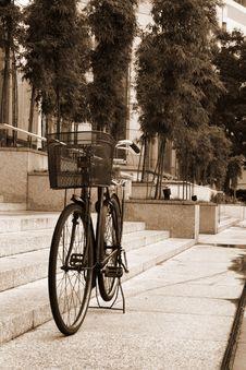 Free Retro Bicycle Stock Photos - 4058393