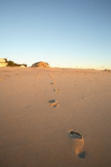 Free Footsteps On The Beach Royalty Free Stock Image - 4060426
