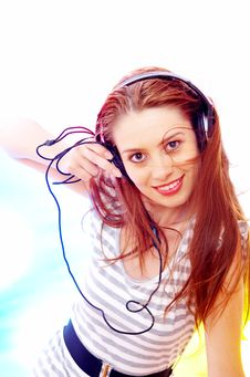 Free Full Of Music Royalty Free Stock Images - 4062659