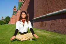 Free Girl Meditate Near Moscow Kremlin Royalty Free Stock Images - 4065919
