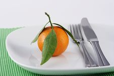 Free Mandarine On A Plate Royalty Free Stock Photos - 4069868