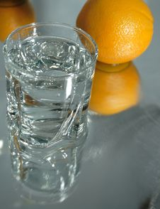 Free Cool Water And Oranges Stock Photography - 4072712