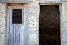 Free Rural Doors Royalty Free Stock Images - 4074189