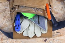 Free Tool Bag With Tool Royalty Free Stock Image - 4076036