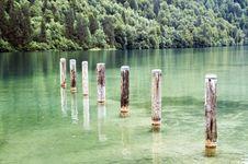 Free Pillar By The Lake Stock Photo - 4078270