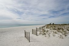Free Panorama Of White Sand Beach Royalty Free Stock Image - 4079986