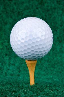 Free White Golf Ball Royalty Free Stock Photos - 4088328