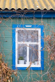Free A Window Of A Country House Royalty Free Stock Photos - 4088808