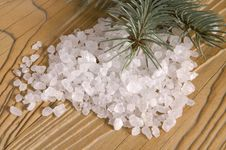 Free Pine Bath Items. Alternative Medicine Royalty Free Stock Photo - 4089765