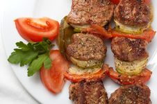 Free Grilled Kebab With Vegetables Royalty Free Stock Image - 4090126
