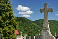 Cemetery In Hills Royalty Free Stock Images