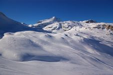 Free Ski Resort Winter View Royalty Free Stock Photo - 4095985