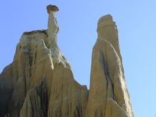 Free The Chimney Rocks Royalty Free Stock Images - 4098559