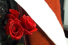 Free Roses And Ribbon Royalty Free Stock Images - 411529