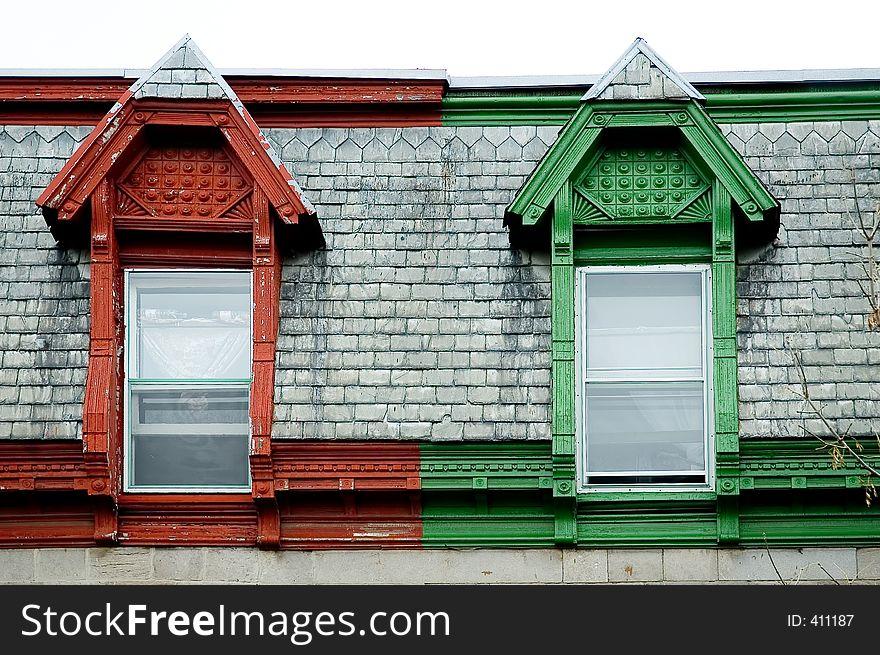Colonial building windows