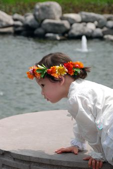 Free Lovely Child With A Coronet Of Flowers Stock Images - 4104884