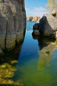 Free Vibrant Lake Stock Photo - 4109650