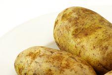 Free Raw Whole Potatos Royalty Free Stock Images - 4115479