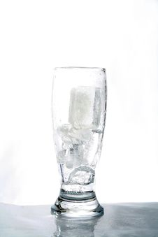 Free Water Glass Stock Photography - 4121332