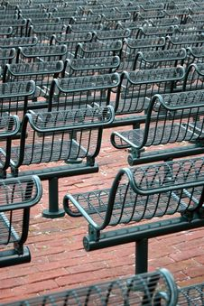 Free Outdoor Seating Royalty Free Stock Images - 4122729